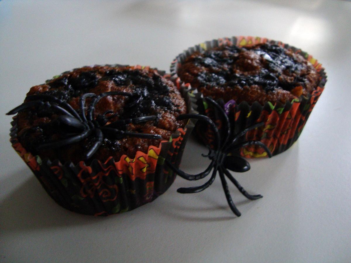 Æblemuffins med edderkopper