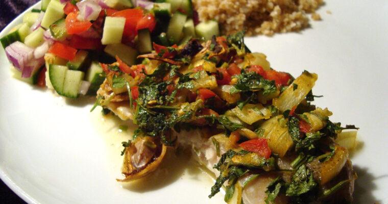 Ovnbagt rødfisk med tørrede limefrugter og salat med mynte