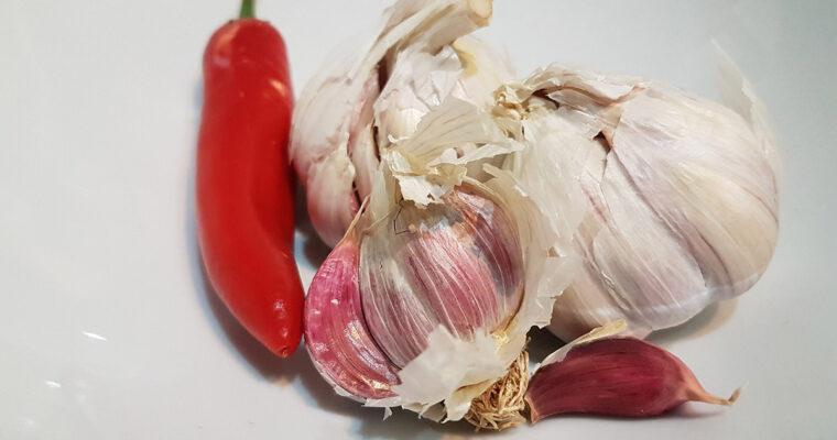 Februar: Hvidløg og chili