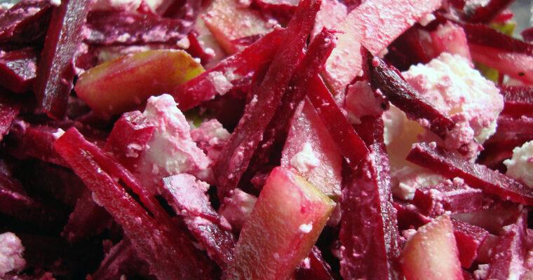 Rødbede- og pæresalat