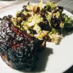 Spareribs og nordisk coleslaw