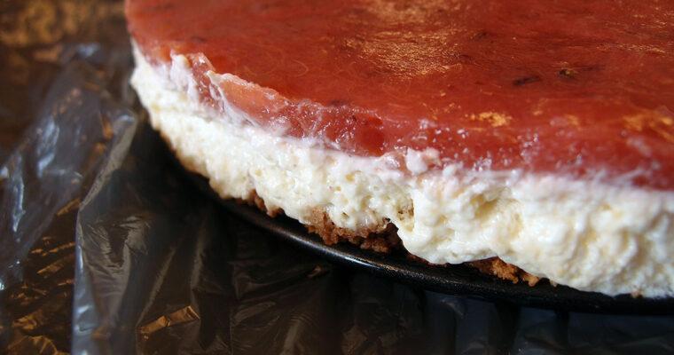 Rabarber-cheesecake og sunde pølsehorn