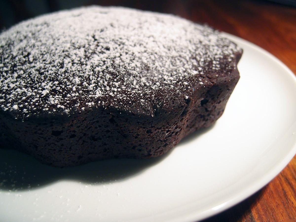 veganske kager, vegansk chokoladekage, chokoladekage, vegansk, kage, dessert, hvedemel, rørsukker, kakaopulver, bagepulver, rapsolie, havredrik, vanilje, lakridspulver