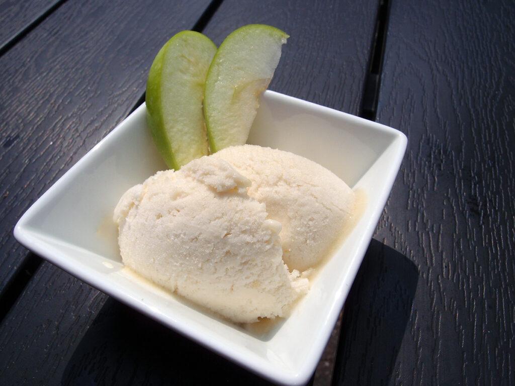 æblesorbet, sorbet, grønne æbler, is, dessert, rørsukker