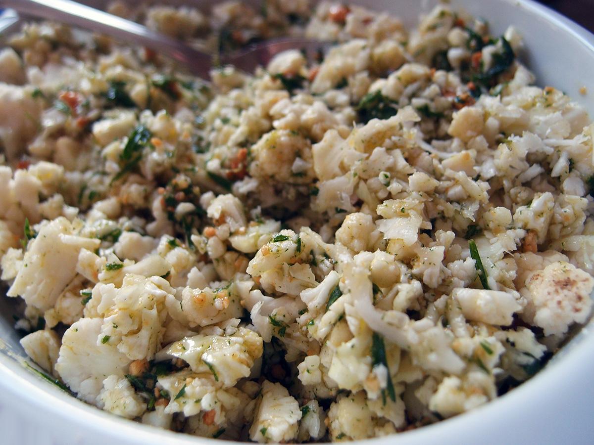 blomkålssalat, salat, blomkål, kål, kålsalat, pesto