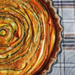 Squash-gulerodstærte