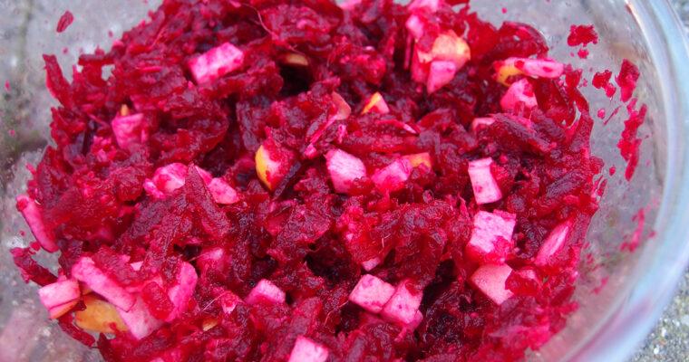 Rødbederelish med peberrod og æbler