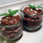 Chokolademousse lavet på vand