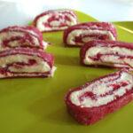 Omvendt hindbærroulade med hvid chokolade