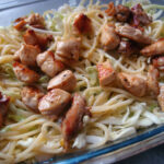 Kylling med pasta, kål og blåskimmelost