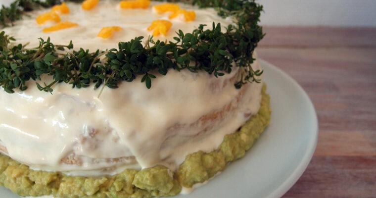 Smørrebrødslagkage med kylling og avokado
