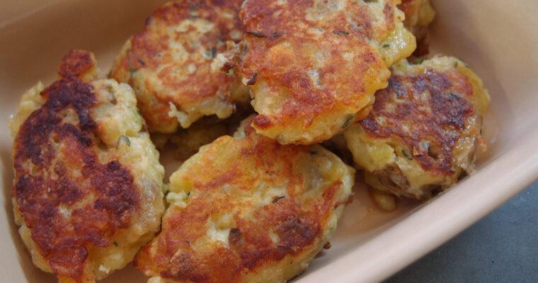 Kartoffel-frikadeller og hytteost-tzatziki