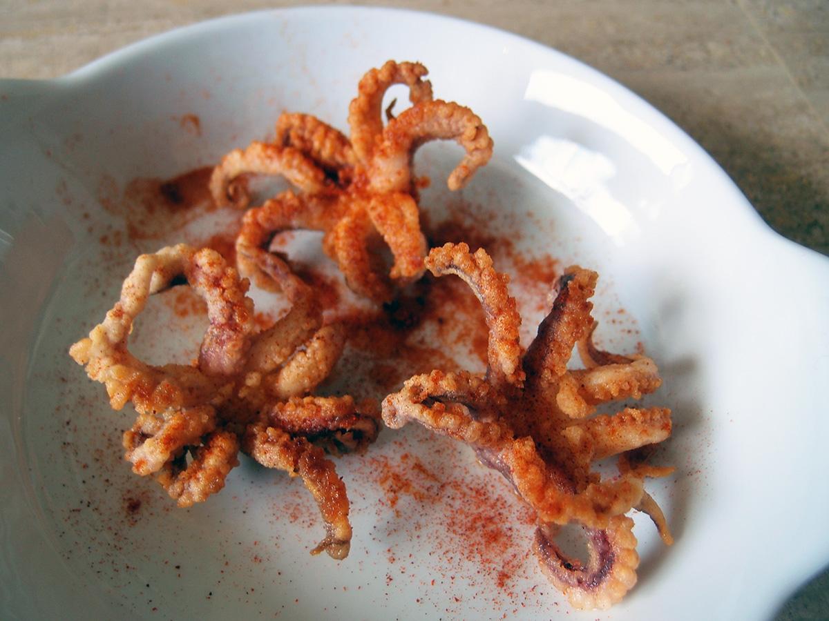 Chopitos - friterede blæksprutter og mini-blæksprutter