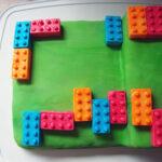 Legokage – squashkage med flødeostcreme