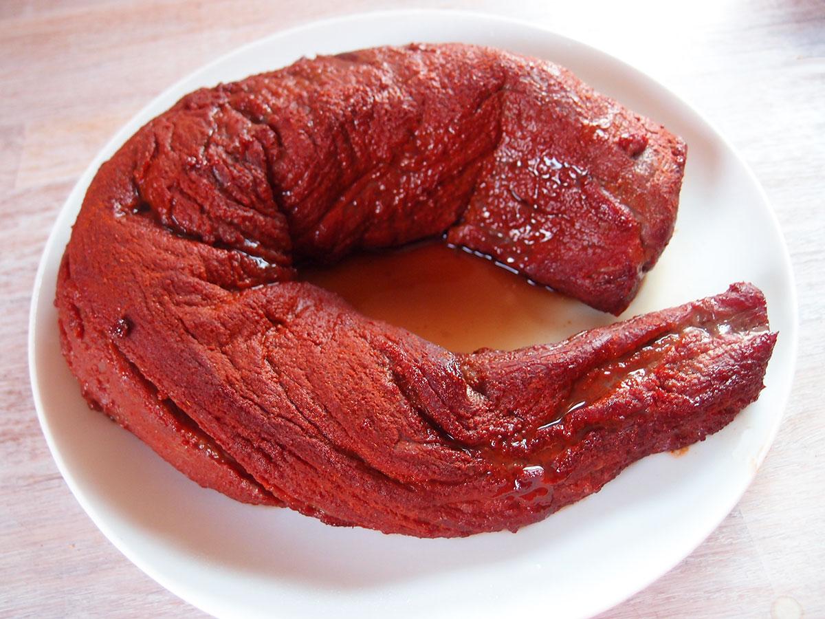 røget mørbrad, bbq, røget kalvemørbrad, mørbradbøffer, røgede mørbradbøffer, bøffer, mørbrad, kalvekød, oksekød, rub, grill, sød paprika, røget paprika, cayennepeber, rørsukker, chilipulver, chili