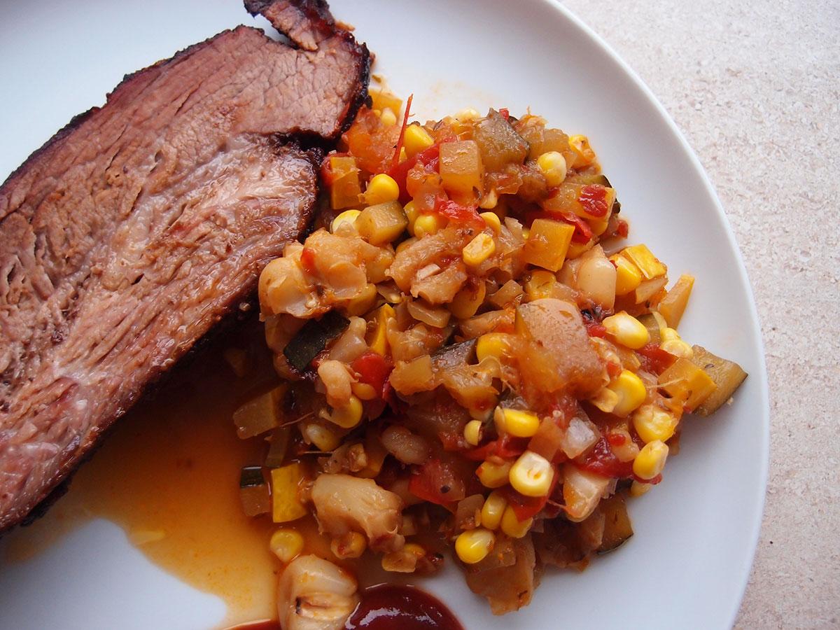 Texas Brisket, brisket, oksespidsbryst, grill, røgning, oksekød, bbq, rub, chili, chilipulver, paprika, spidskommen, peber, ahornsukker, salt, sennepspulver, pozole