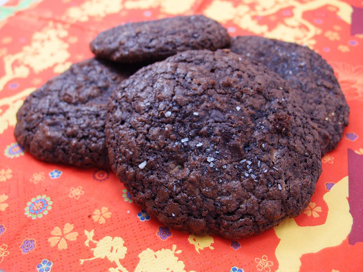 Chokoladesmåkager med karamel