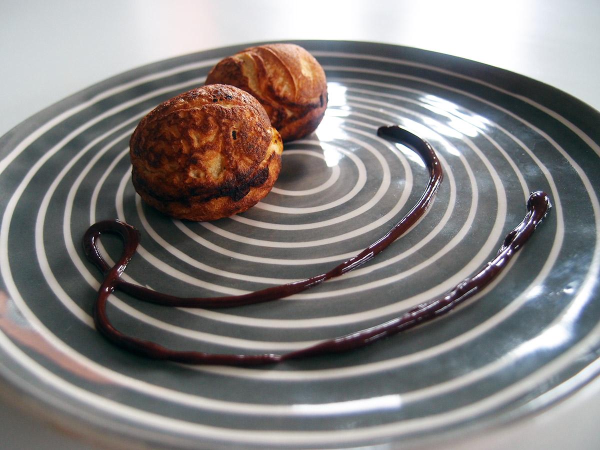 Fyldte æbleskiver med chokolade