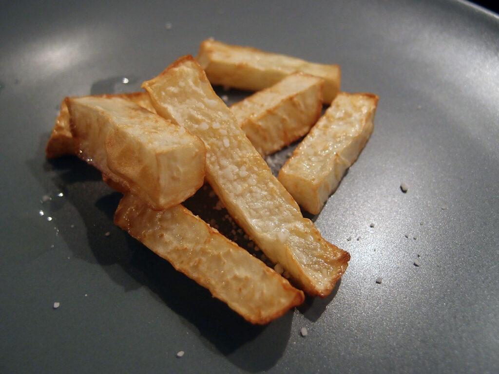 sellerifritter, fritter, pommes frites, knoldselleri, rapsolie