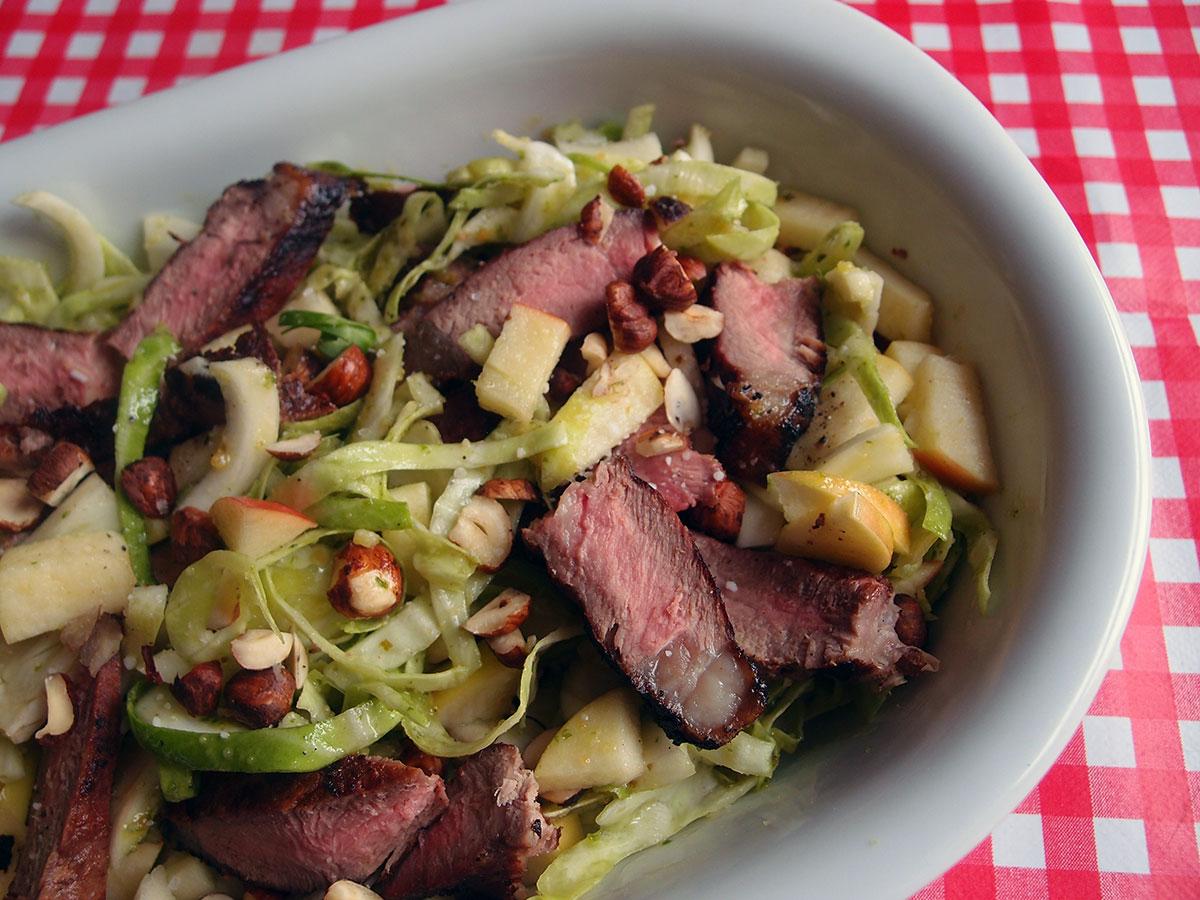 Steaksalat – lækker restemad