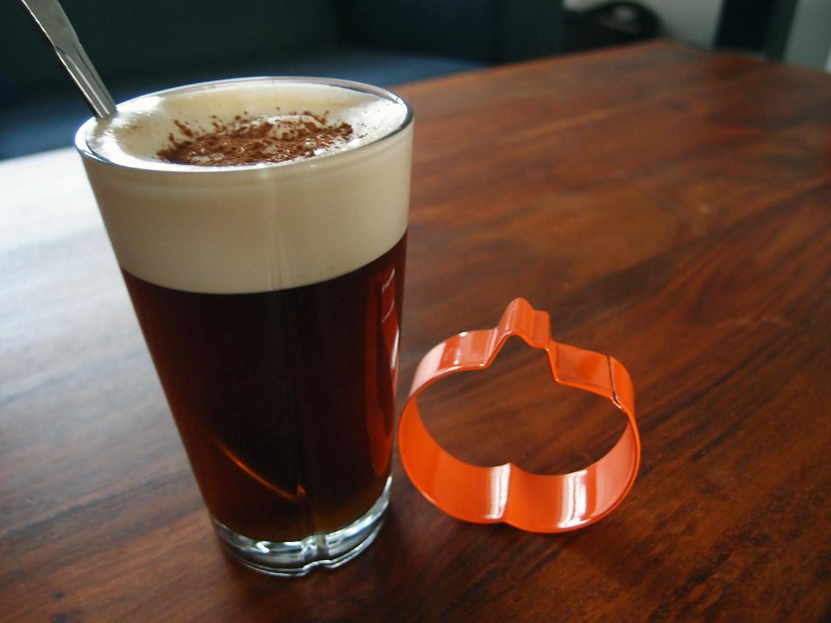 Pumpkin latte - kaffe med græskarsirup