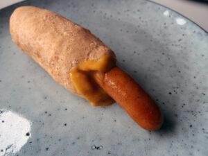 hjemmelavet fransk hotdog dressing, mayonnaise, æg, vindruekerneolie, citron, sennep, karry, æblecidereddike, sirup, bearnaiseessens