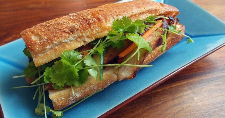 Bánh mì med svinekød