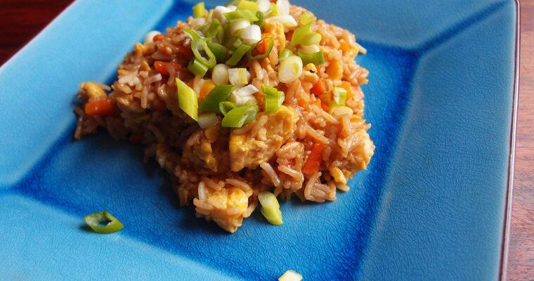Stegte ris med grøntsager