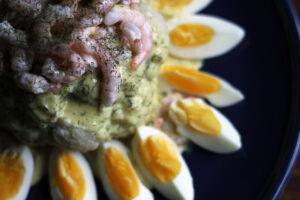 maskeret blomkål, rejer, æg, creme fraiche, dild, sennep, forret