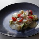 Tiradito – peruviansk rejeret med avokado og tomater