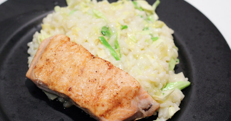 Stegt laks med lime-risotto