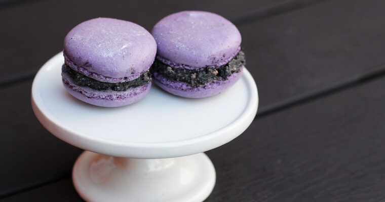 Lilla macarons med andemousse