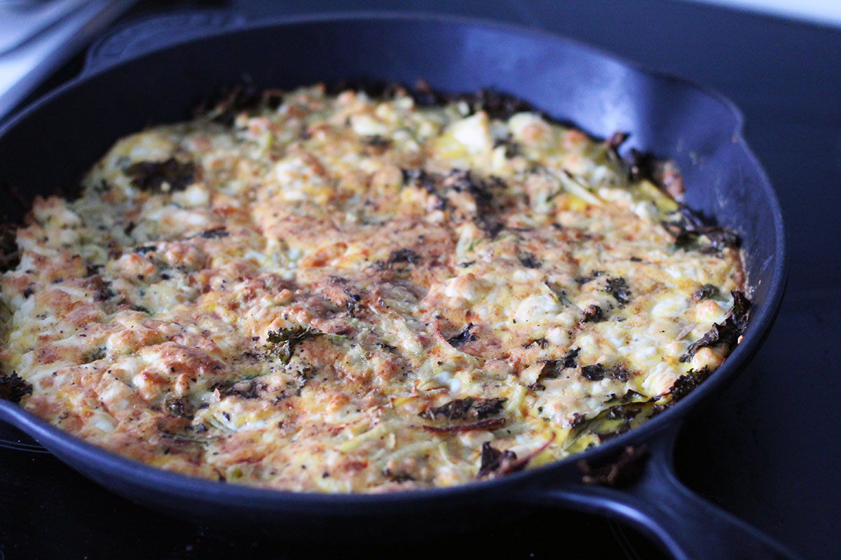 frittata, kartofler, grønkål, ost, feta, æg, mælk, timian,