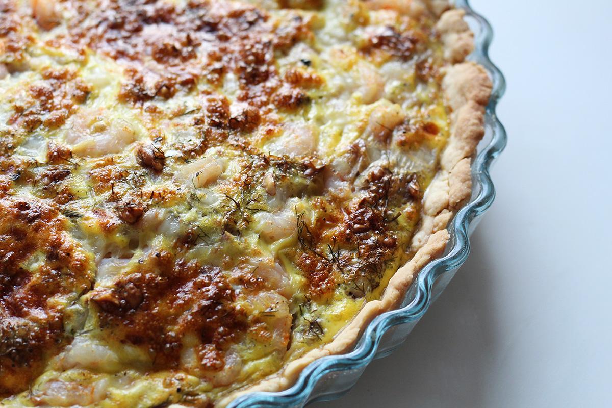 skaldyrstærte, tærte, madtærte, rejer, hvedemel, smør, æg, bronzefennikel, dild, ost