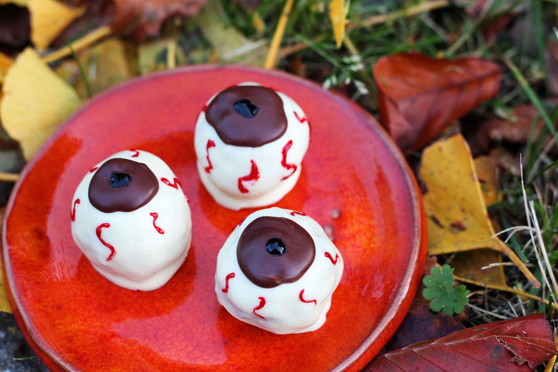 halloween-øjne, halloween, halloweenslik, chokolade, cointreau, smør, fondantfarve