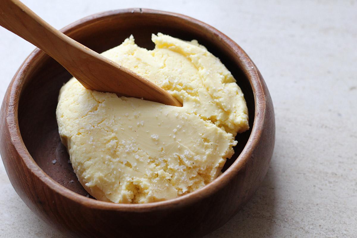 hjemmelavet smør, fløde