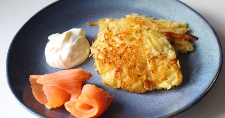 Kartoffelpuffer med laks