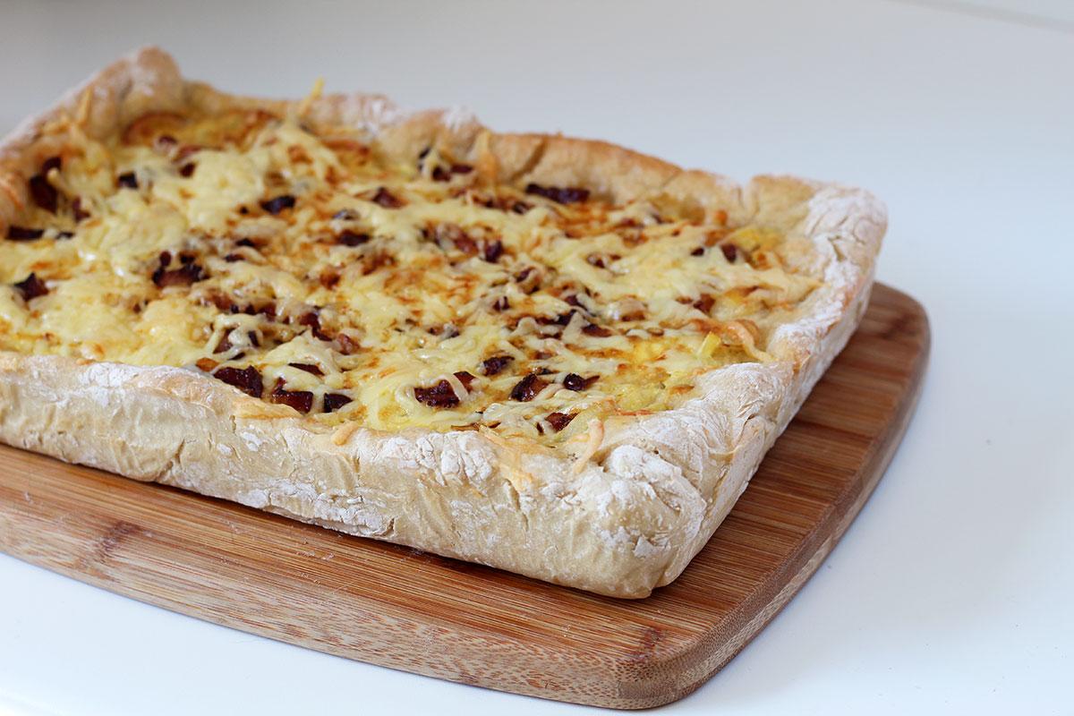 Zwiebelkuchen – løgtærte