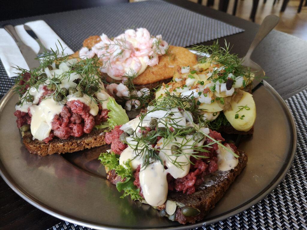 Restaurant Amtmandsgården, Bornholm, Rønne, restaurantanmeldelse, madanmeldelse