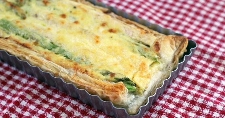 Butterdejstærte med asparges