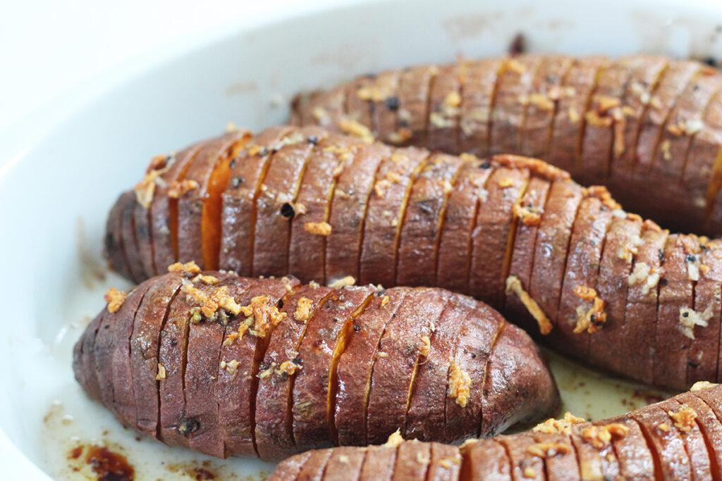 søde kartofler, smør, hvidløg, kanel