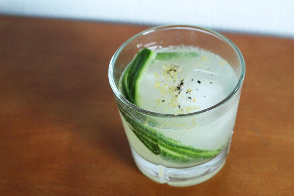 agurkelimonade, agurk, rørsukker, citron, danskvand, gin, tonic, g&t